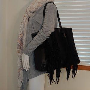 🆕 Dakota Handbag by Silpada Designs